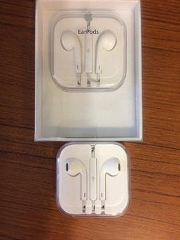 Two Apple EarPods, only used once